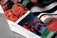 Flexo printing with aqueous ink on film materials